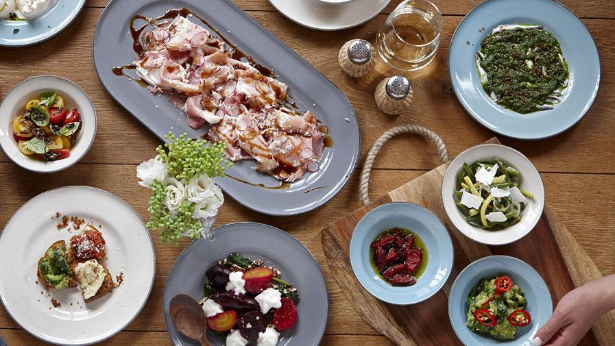 Gordon Ramsay Christmas Dinner.Royal Doulton Australia Tableware Dinner Sets Crystal